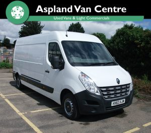 Renault Master 2.3dCi LM35 125 (FWD) LWB isometric pic