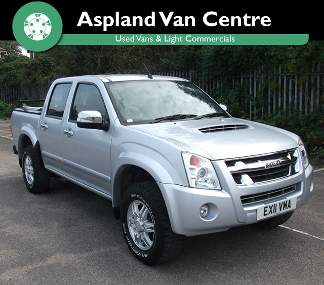 Isuzu Rodeo 3.0CRD auto Denver 4x4 isometric view at Aspland Van Centre