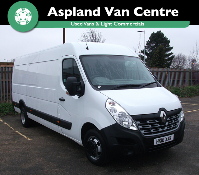 (16) Renault Master 2.3dCi ( RWD ) LML35TW 125 Business isometric view at Aspland Van Centre