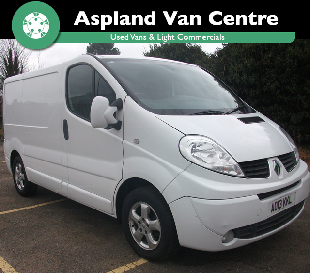 (13) Renault Trafic 2.0dCi SL27 Phase 3 SL27dCi 115 Sport isometric view at Ashland Van Centre