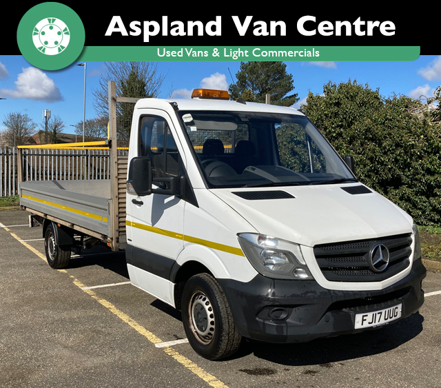 (17) Mercedes Sprinter 14ft Flat Bed isometric view