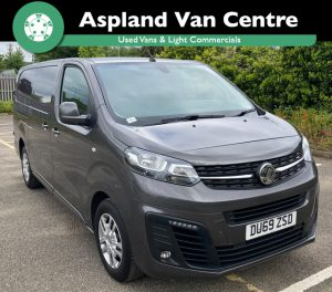 (69) Vauxhall Vivaro [NEW SHAPE] 1.5 L2 2900 H1 Sportive LWB isometric view