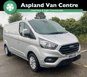 (18) Ford Transit Custom 1.0 EcoBlue 130PS Low Roof Limited Van LWB isometric view