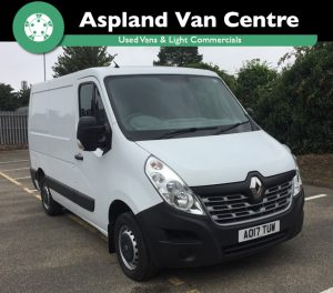 (17) Renault Master SL28dCi 110 Business Low Roof isometric image